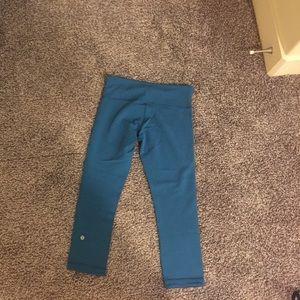 Lululemon reversible teal/blue tights. Size 4.